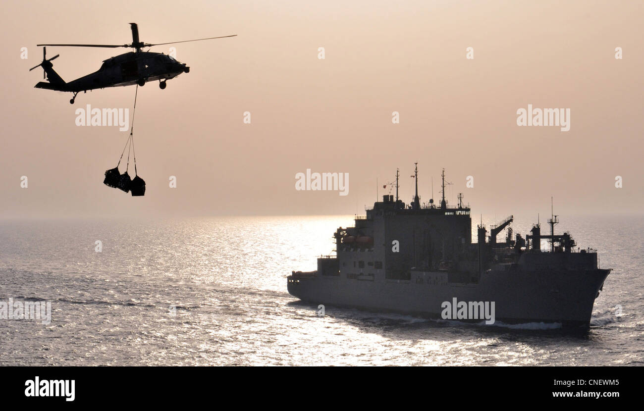USS Abraham Lincoln sea hawk helicopter operation - Stock Image