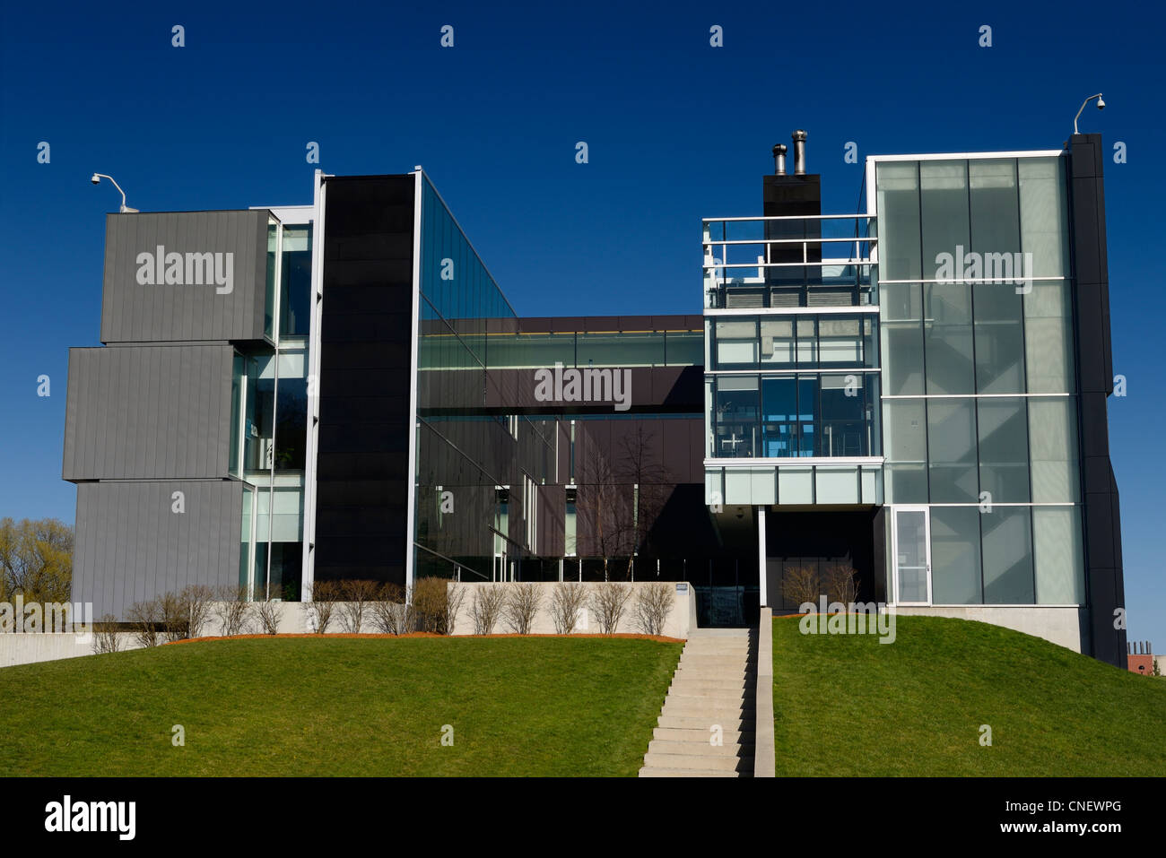 Futuristic architecture at the front of the Perimeter Institute physics research  and study building in Waterloo - Stock Image