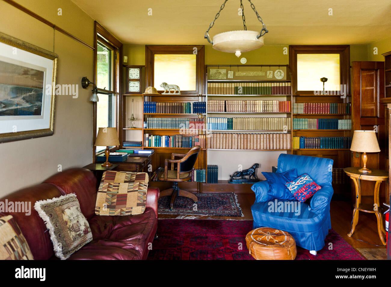 living room of naulakha rudyard kipling house. Black Bedroom Furniture Sets. Home Design Ideas