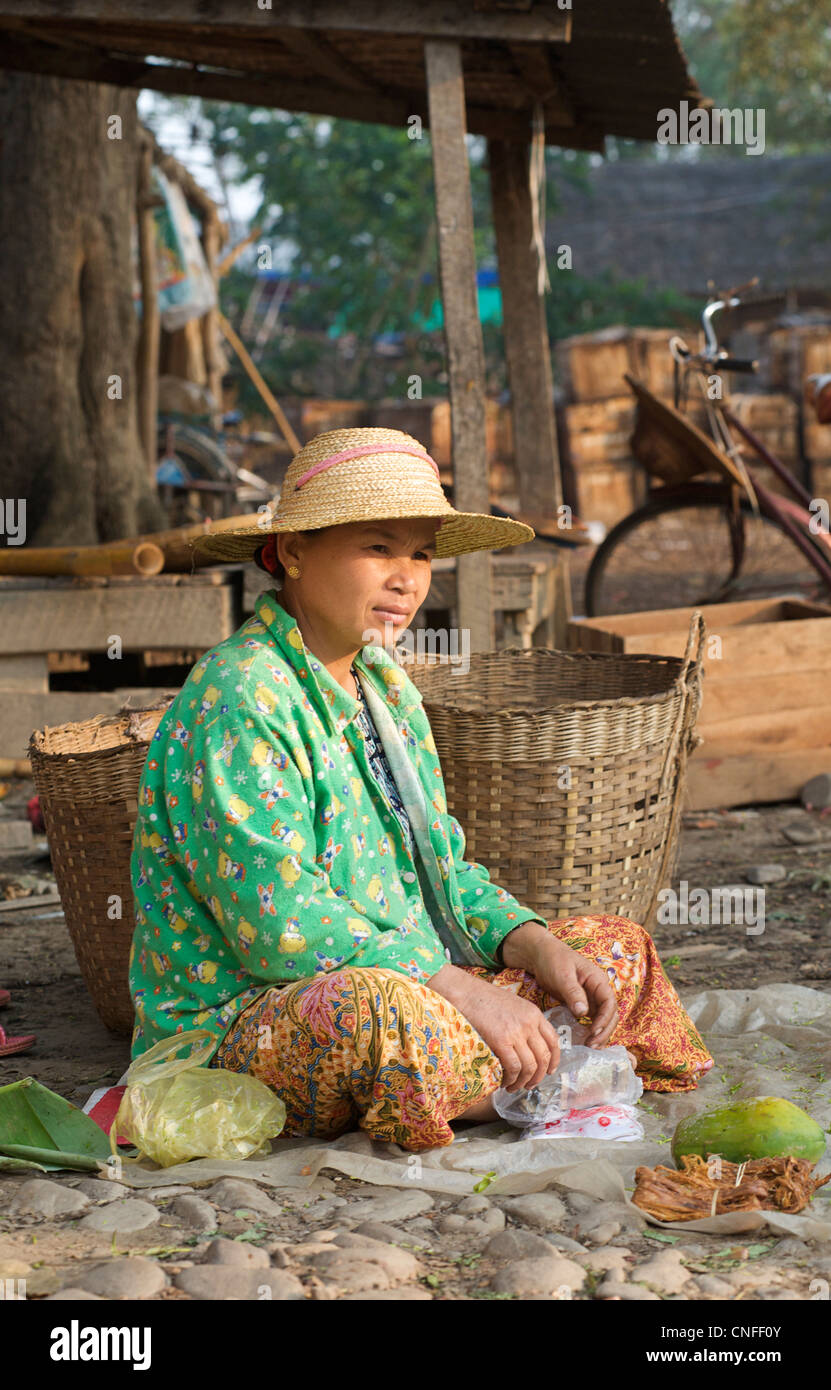 Hsipaw  Image copyright Jamie Marshall - please contact if wishing to reproduce  ... jamie@ tribaleye.com - Stock Image
