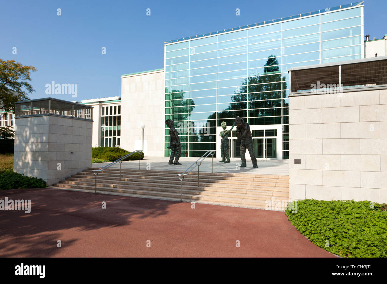 Entrance of Philharmony Essen, the Saalbau, with sculptures 'The Big Ghosts' by Thomas Schütte. - Stock Image
