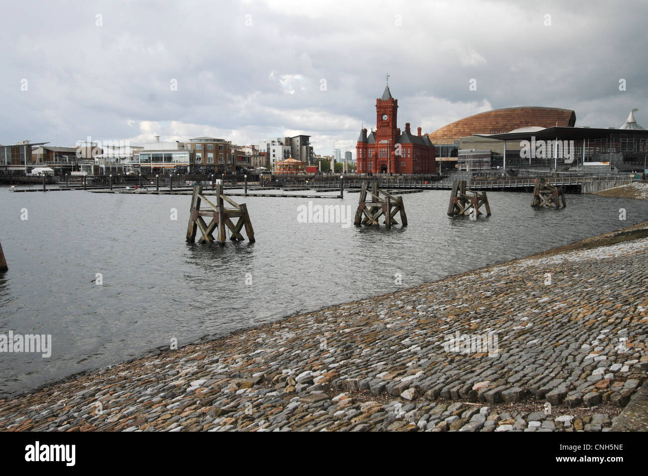 Cardiff Docks - revitalised dockland now supporting new business - Stock Image