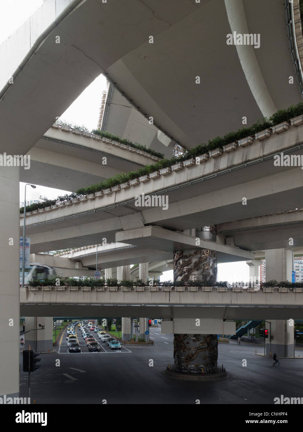 Series of intersecting overpasses, Shanghai, China - Stock Image