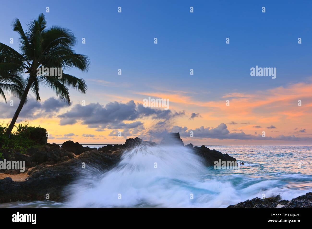 Sunrise at Secret Beach, Kihei, Maui, Hawaii Stock Photo
