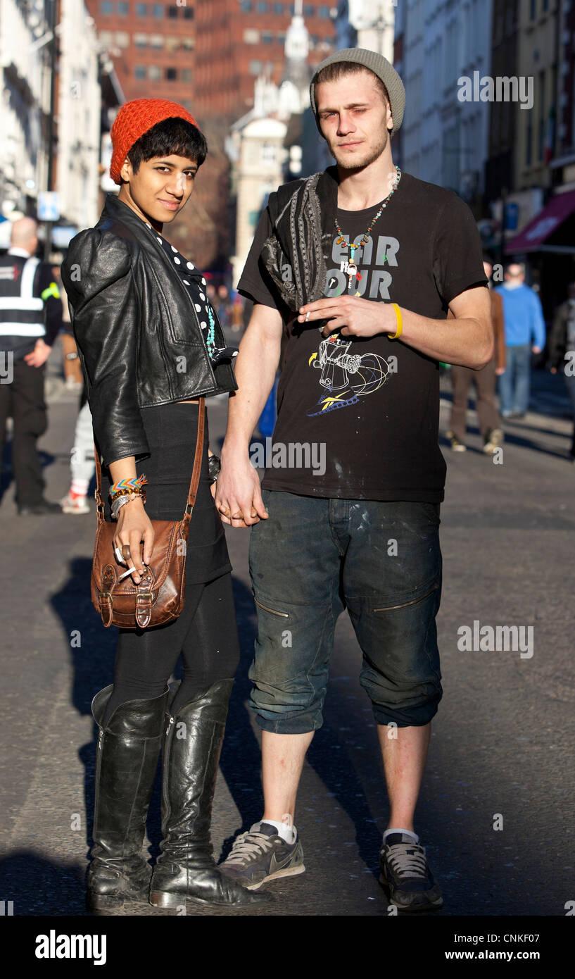 interracial dating london uk typiske online dating profil spørgsmål