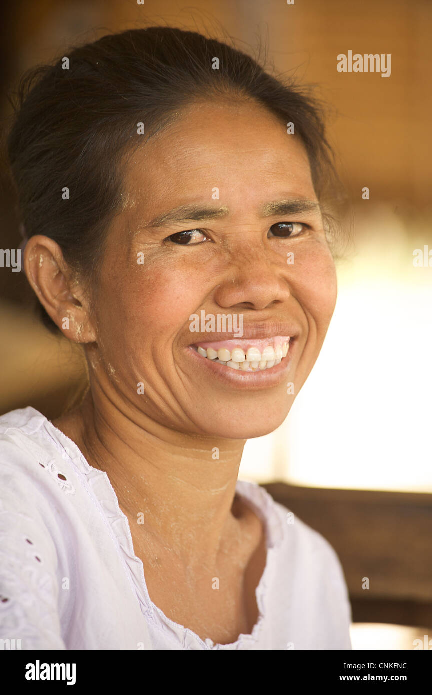 Portrait of a Burmese woman, Burma. Myanmar - Stock Image