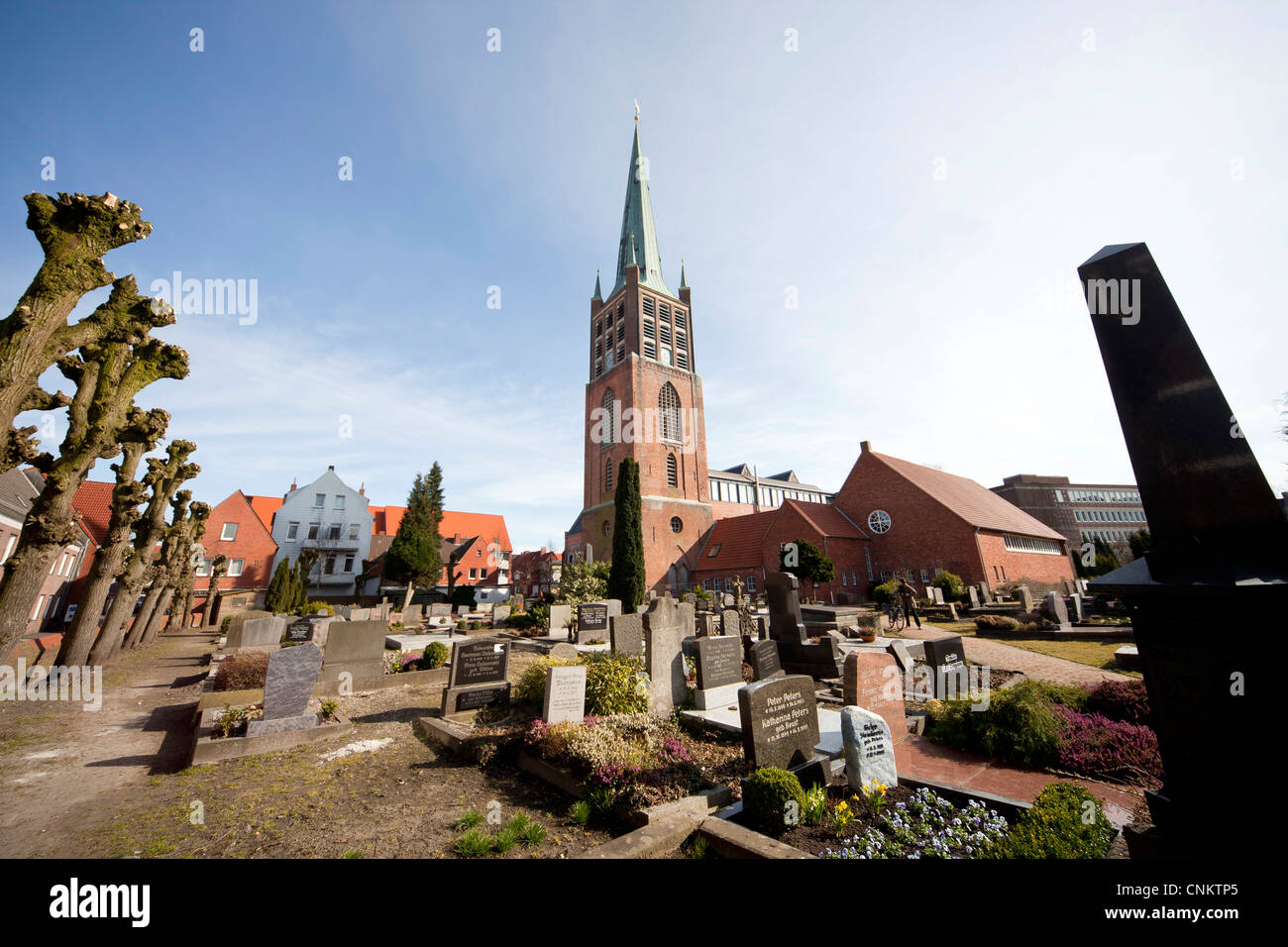 Evangelical Reformed Church Grosse Kirche and Cemetery in Emden, East Frisia, Lower Saxony, Germany Stock Photo
