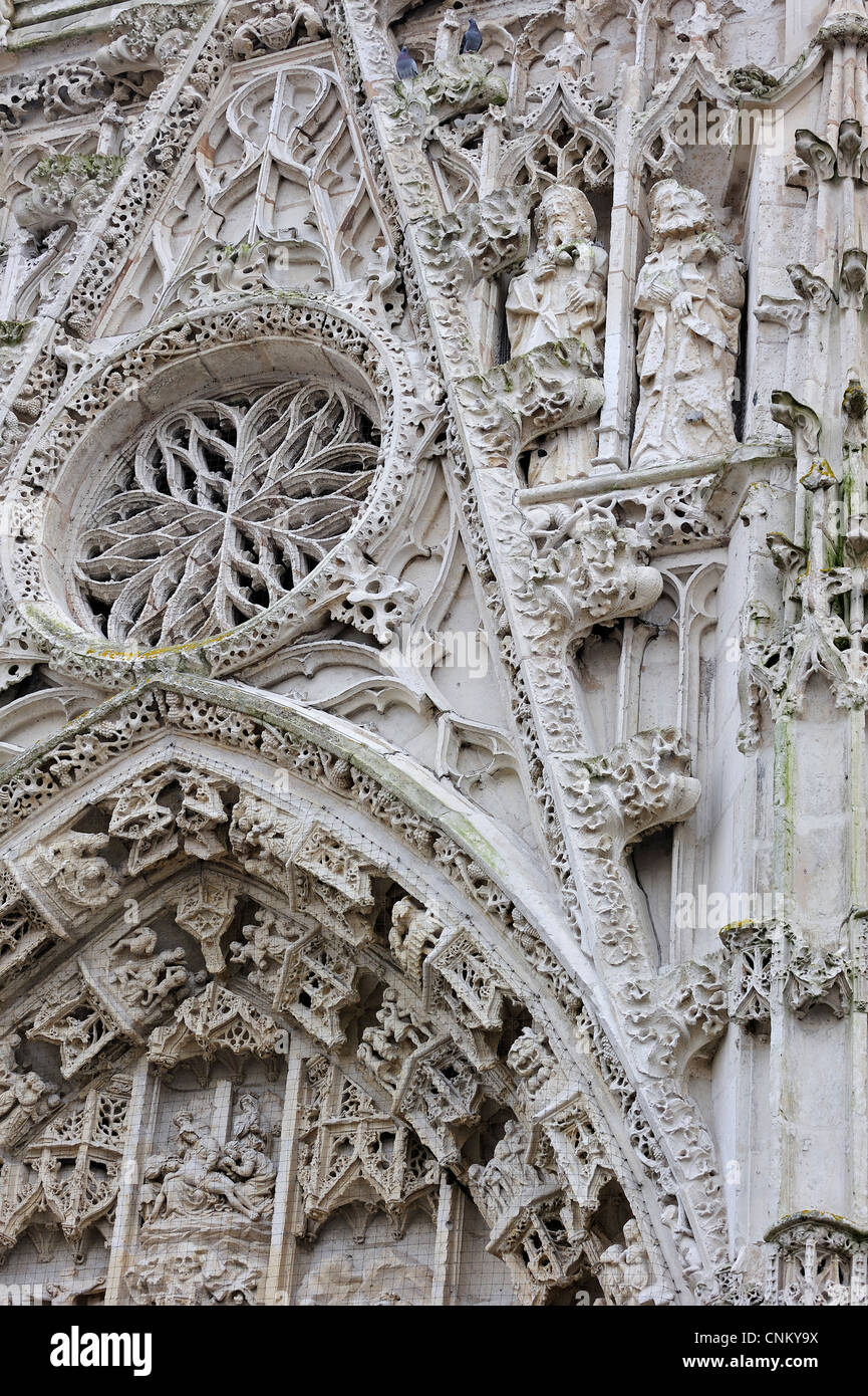 Rose window of the chapel of the Holy Spirit / Chapelle du Saint-Esprit, in flamboyant gothic style at Rue, Picardy, - Stock Image