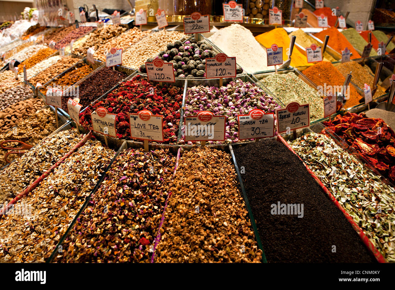 tea and spices at the Egyptian Bazaar, Istanbul, Turkey - Stock Image