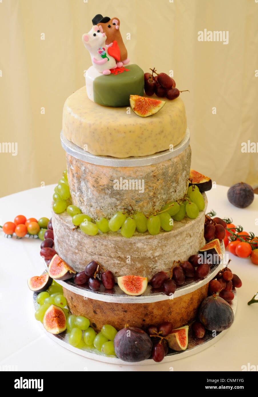CHEESE CELEBRATION WEDDING CAKE Stock Photo: 47769108 - Alamy