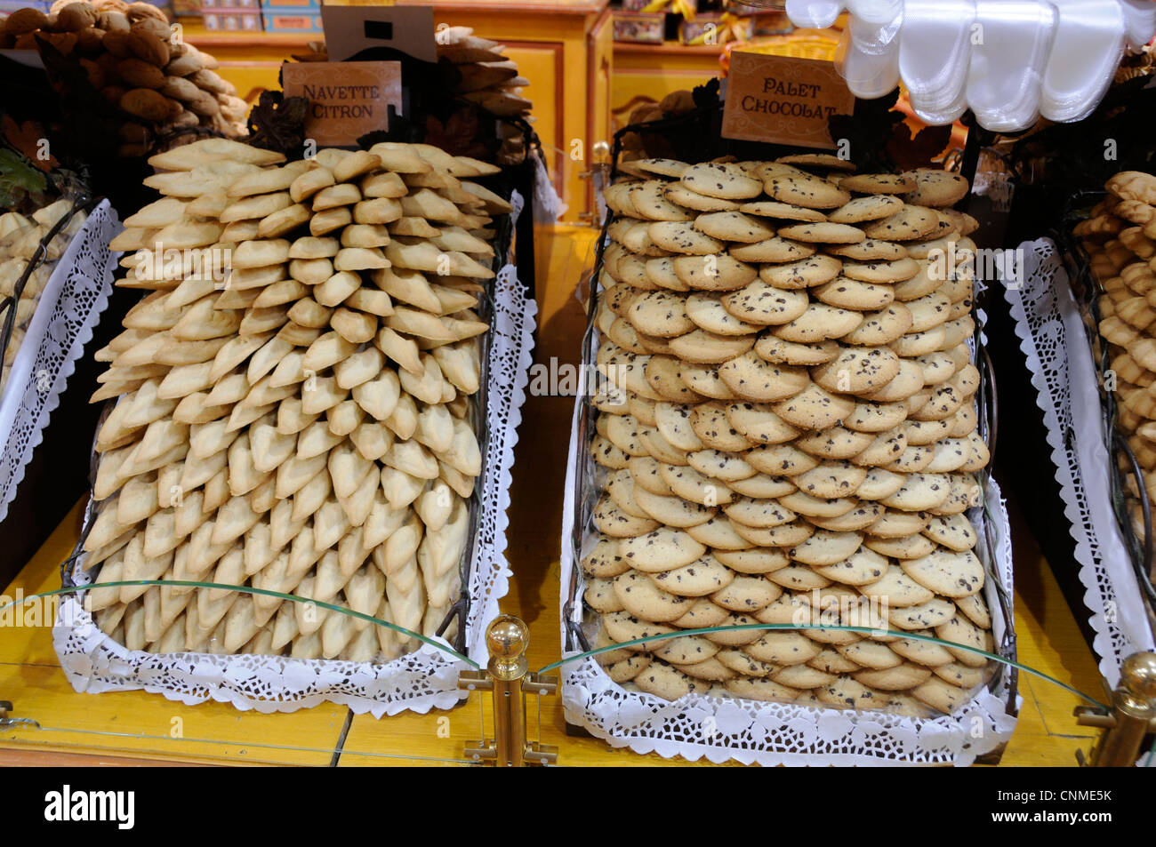 A display of pastries inside the La Cure Gourmande, (The Greedy Cure), Canebiere, Marseille, France - Stock Image