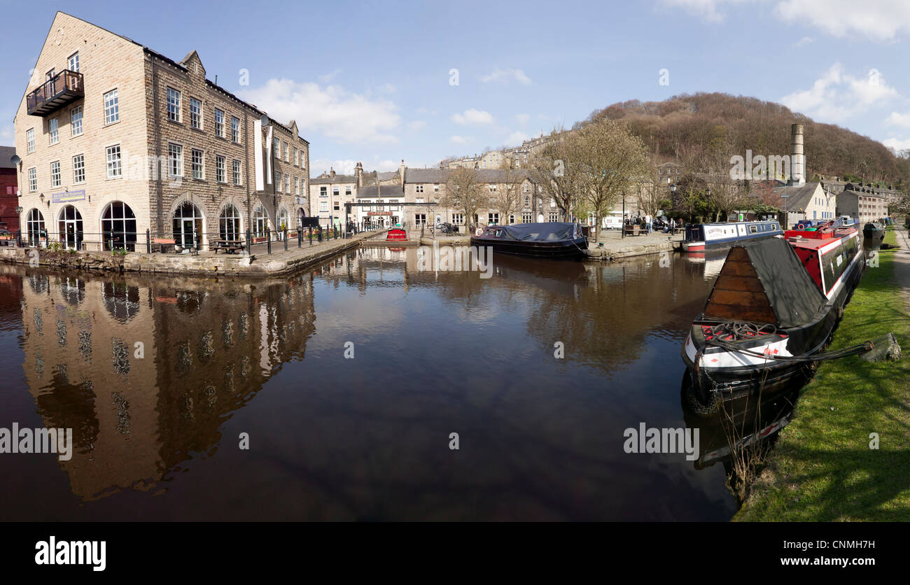 Spring at Hebden Bridge Canal Basin - Stock Image