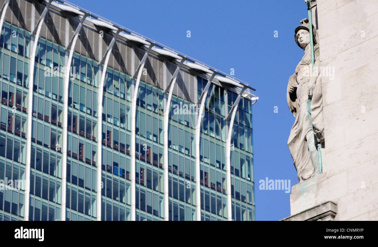Statue of Britannia with CityPoint in the background, Finsbury Circus, London - Stock Image