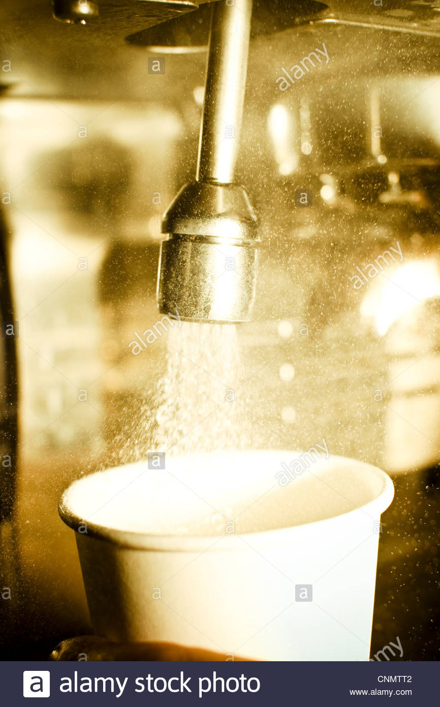 Water Pouring From Tap Close Up Stock Photos & Water Pouring From ...