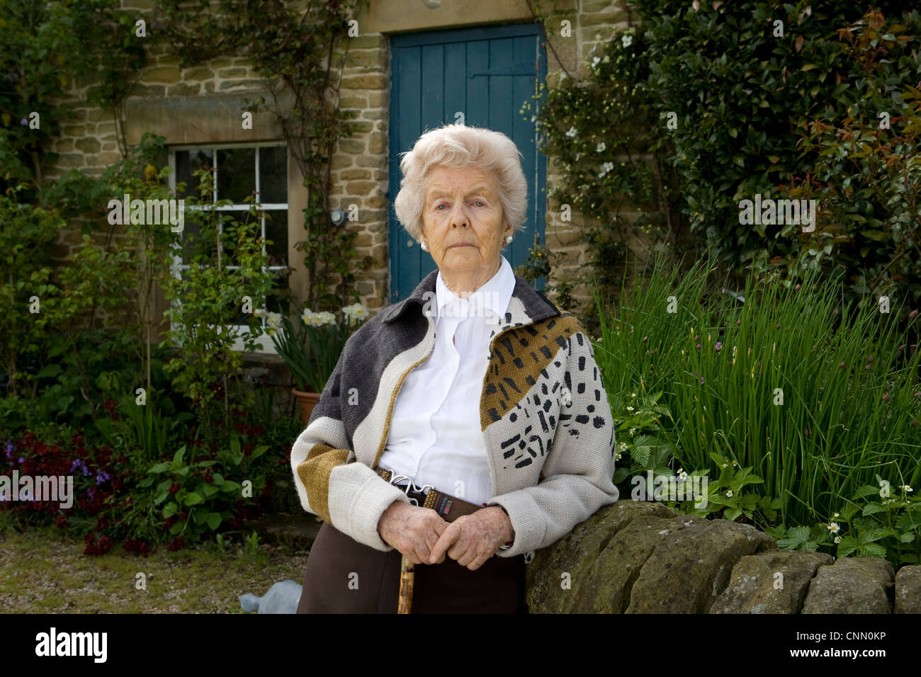 5/5/09 Edensor Derbyshire - Deborah,  Duchess of Devonshire at her home in Edensor - Stock Image