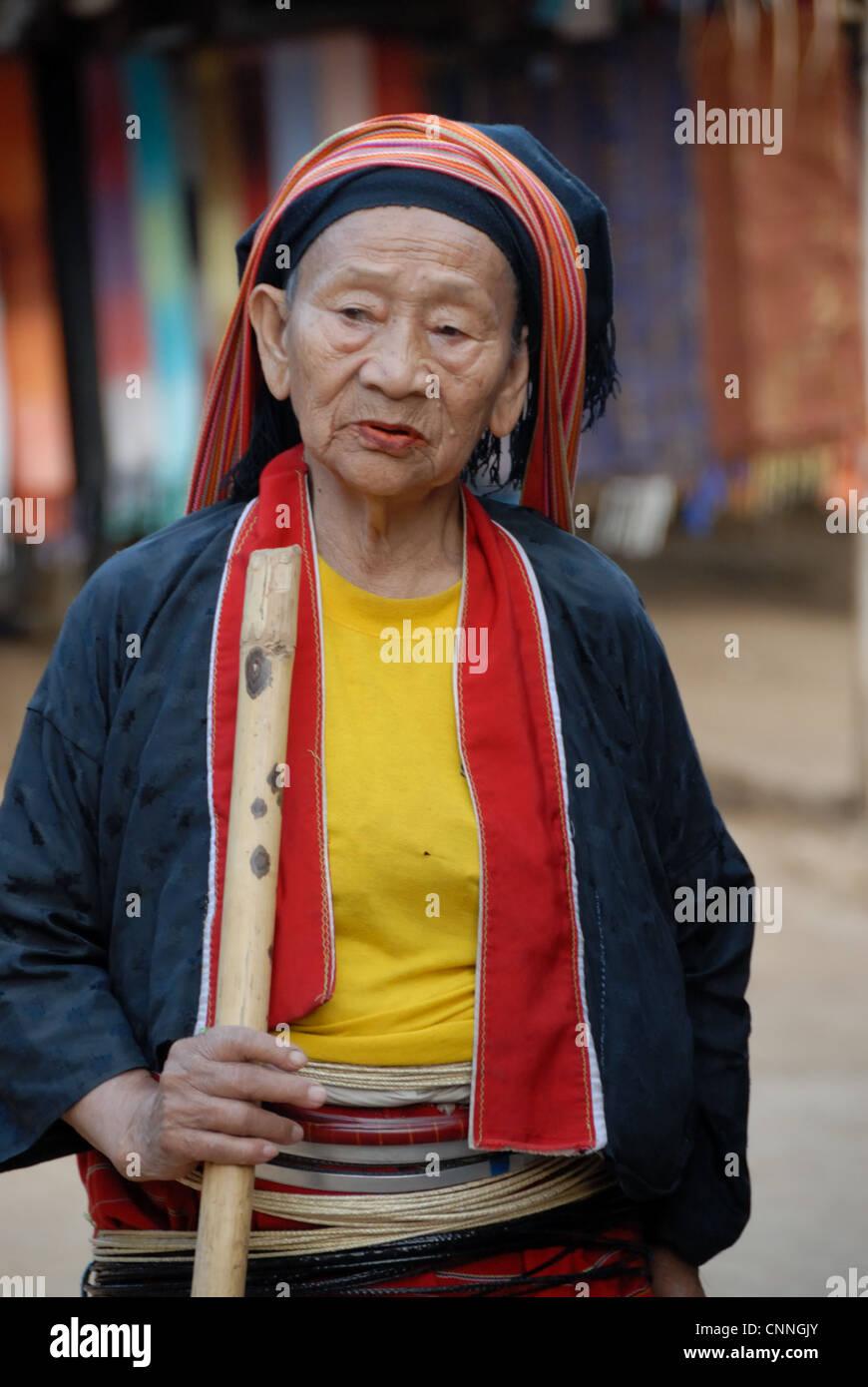 Palong hilltribe village lady in tatong village on 21/01/2009 in tatong village Chiang mai Thailand - Stock Image