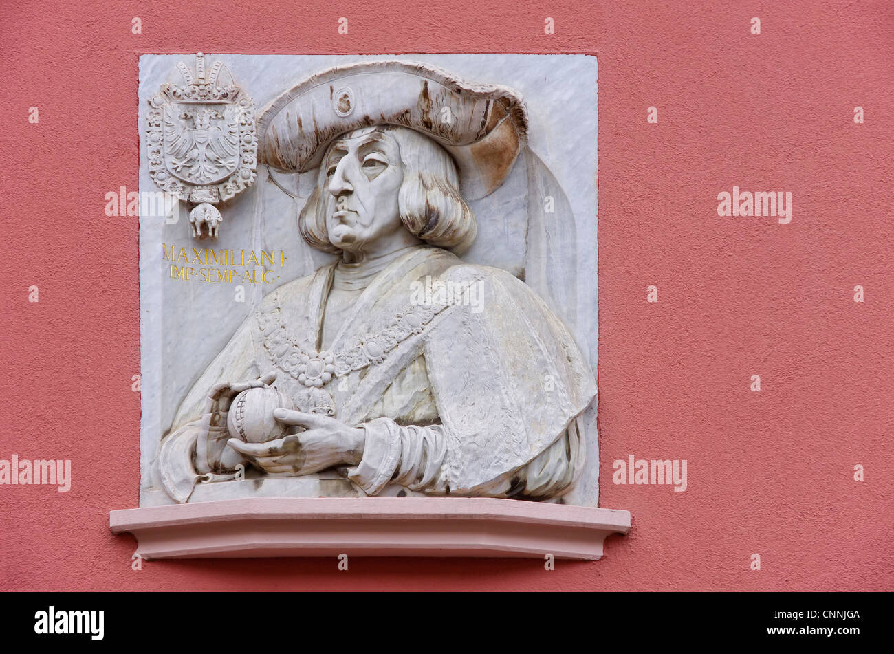 Marble portrait of Emperor Maximilian I. (1459 bis 1519) at the exterior facade of the building of Haus zum Walfisch - Stock Image