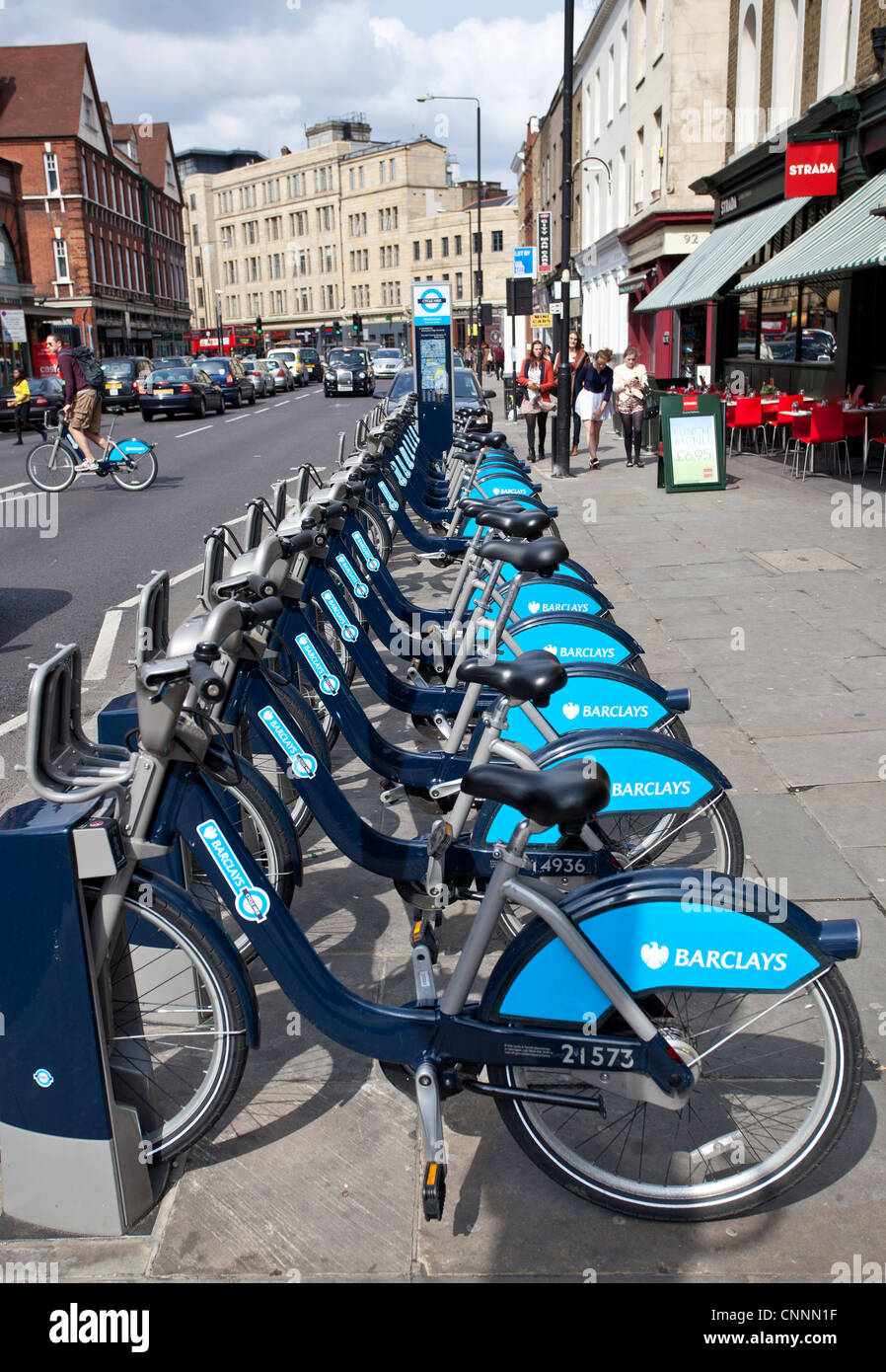 Bicycle docking station as part of the new London's Barclay's bicycle hire scheme, London, NW1, England, - Stock Image