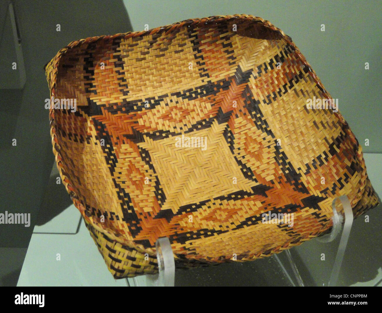 Basket tray, Chitimacha, accessioned in 1902 - Native American collection - Peabody Museum, Harvard University - Stock Image