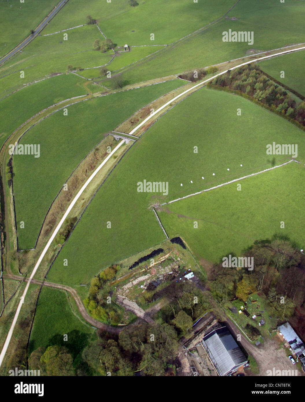 aerial view of a cycle way in the Peak District - Stock Image