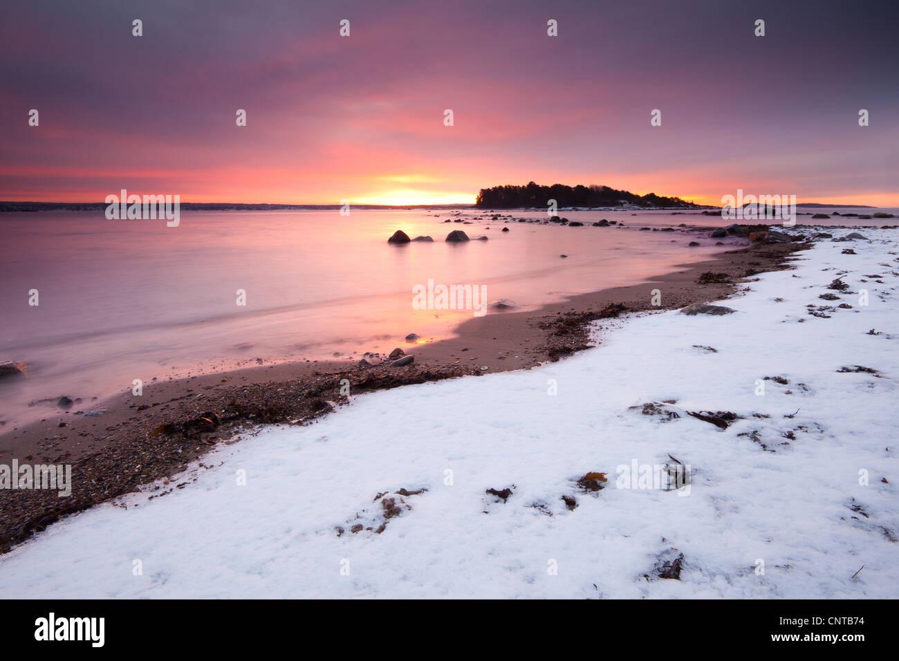 Winter sunrise at Larkollen in Rygge, Østfold fylke, Norway. - Stock Image