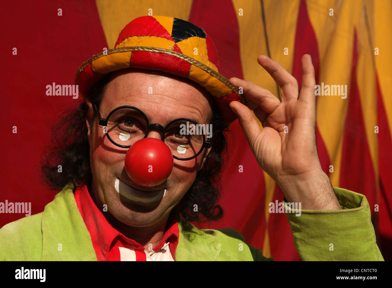 Clown Mr. George in the backstage of Humberto Circus in Prague, Czech Republic. - Stock Image
