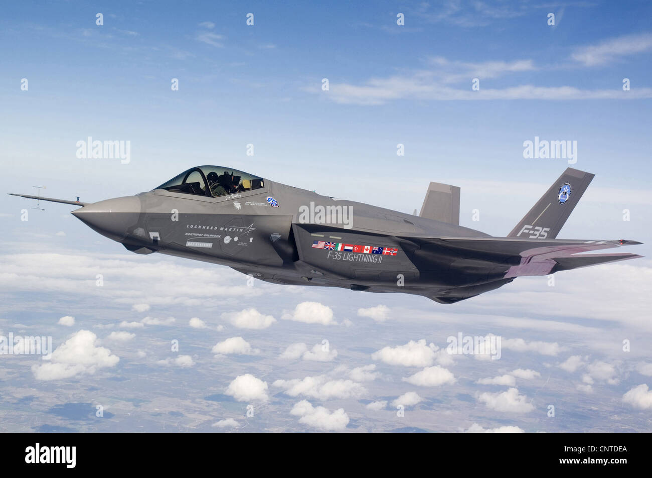 US Air Force F-35 Joint Strike Fighter aircraft in formation September 10, 2008 at Edwards Air Force Base, CA. - Stock Image