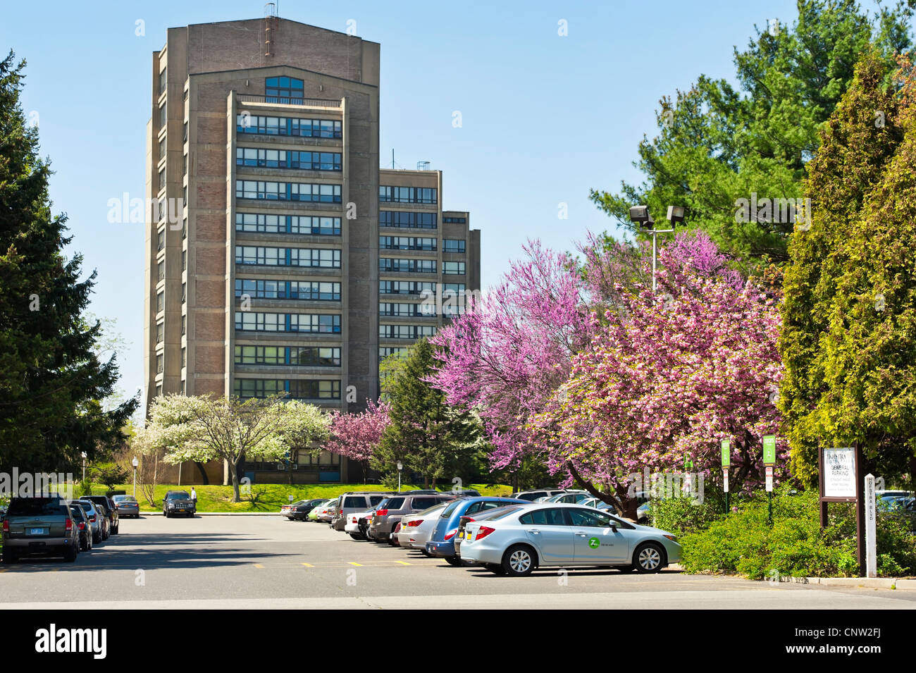 Hofstra University Campus General Parking Lot And Dormitory Building