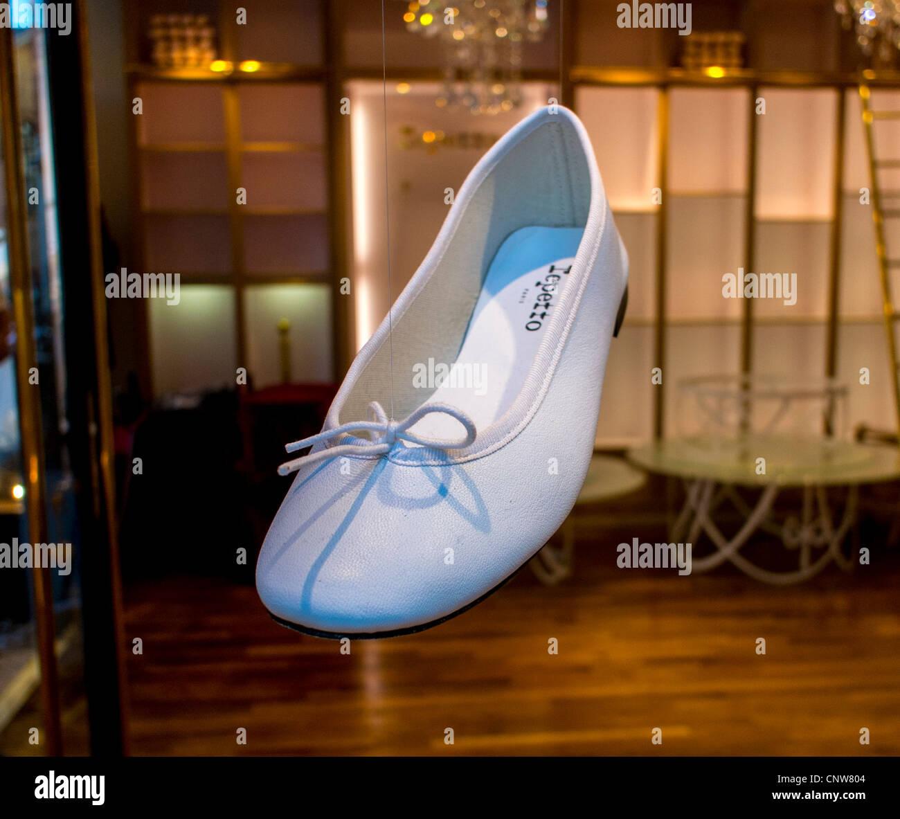 Dancing Shoes Stores In Hong Kong