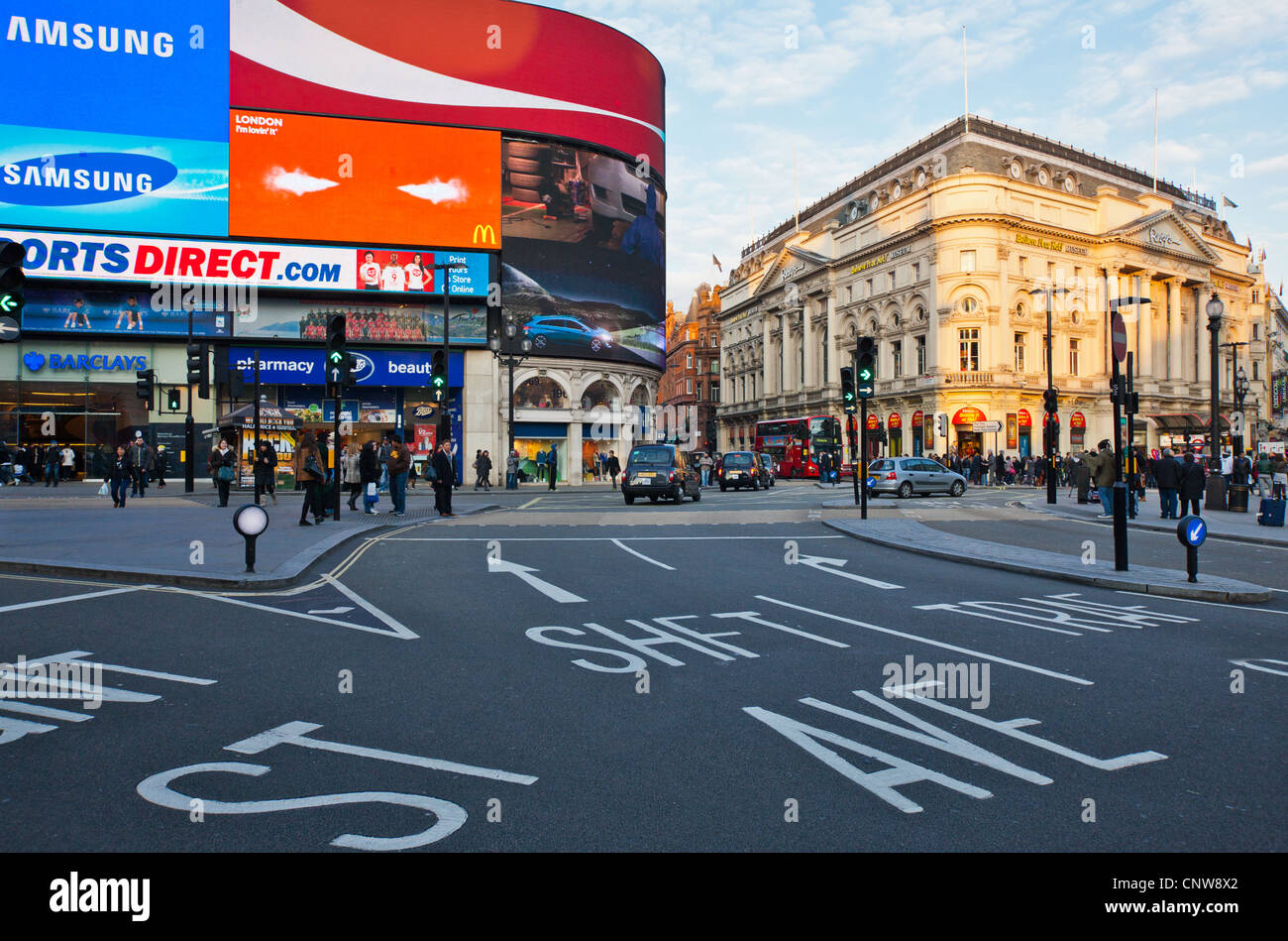 Europe England London, people in Piccadilly Circus - Stock Image