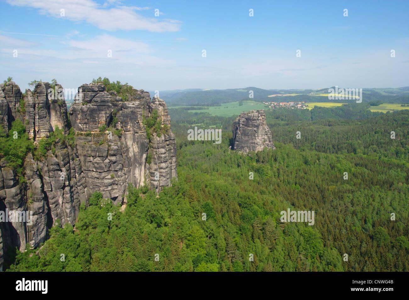 Schrammsteine and Falkenstein at the Elbe Sandstone Mountains, Germany, Saxony, Saechsische Schweiz Nationalpark - Stock Image