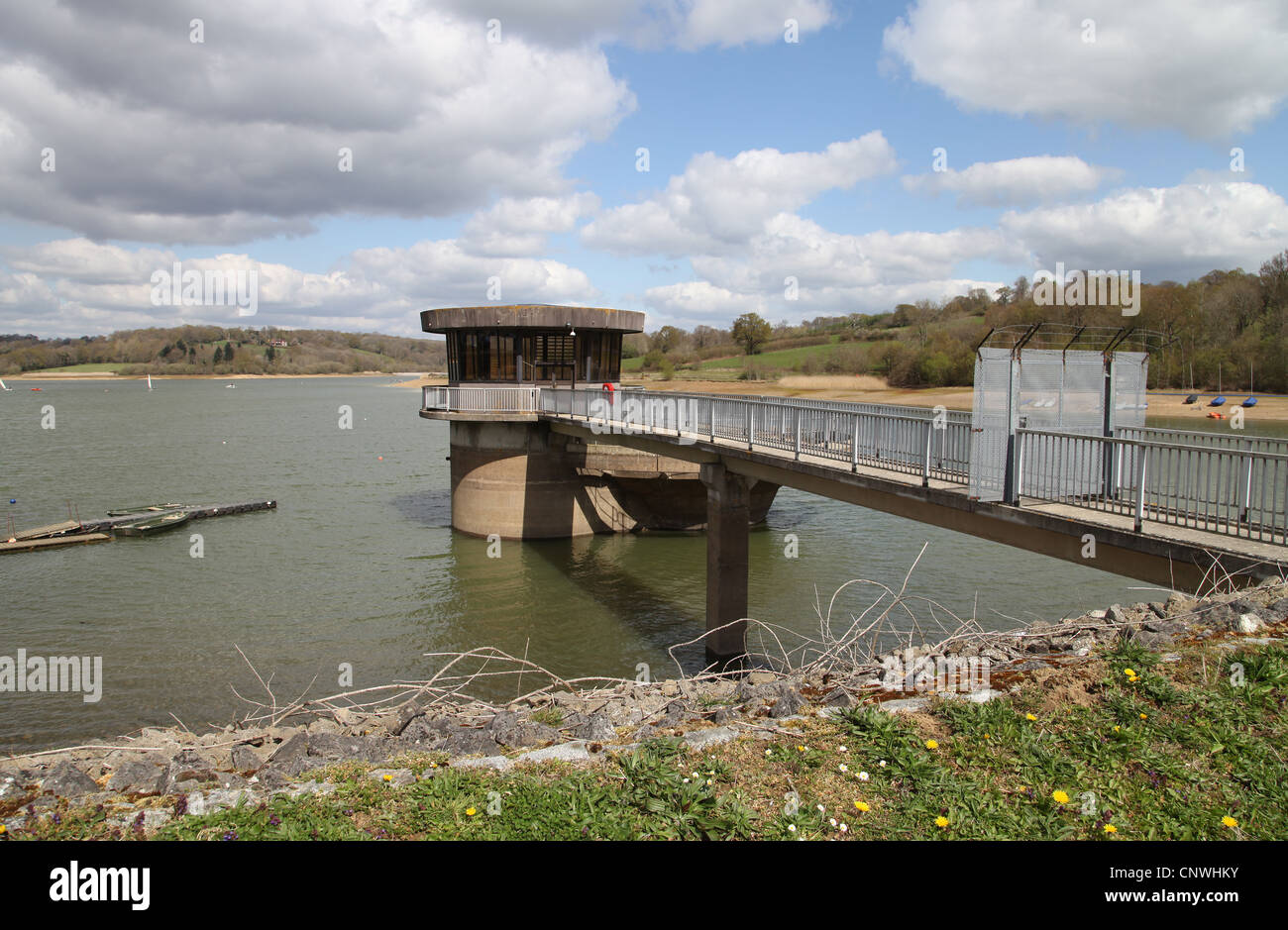 Draw Off Tower At Ardingly Reservoir Stock Photo 47891199 Alamy