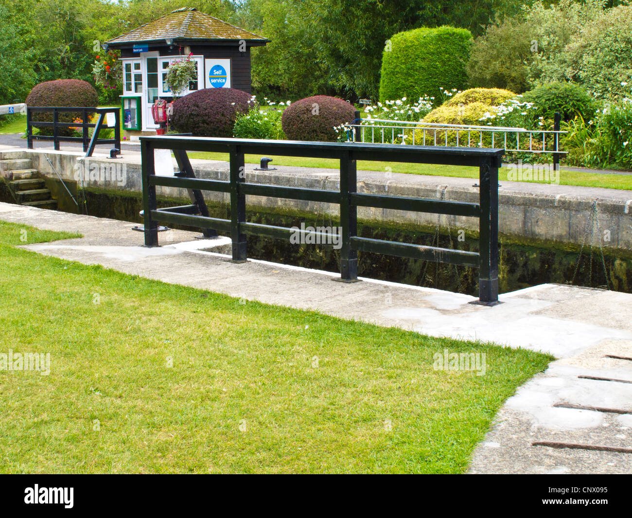 Buscot Lock, the smallest on the river Thames at Buscot Weir, Oxfordshire, England, UK - Stock Image