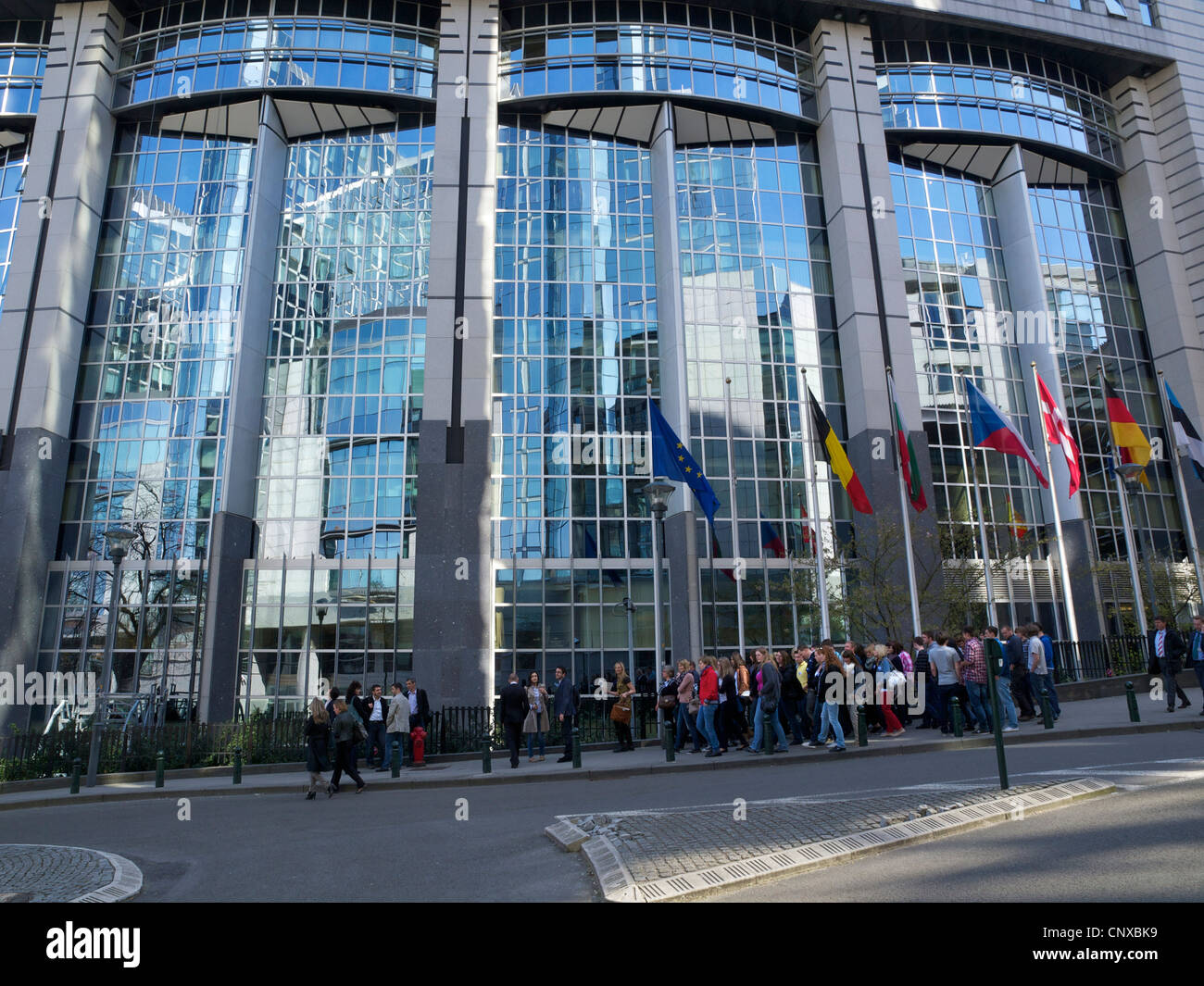 Group of students visiting the European Parliament building in Brussels, Belgium - Stock Image