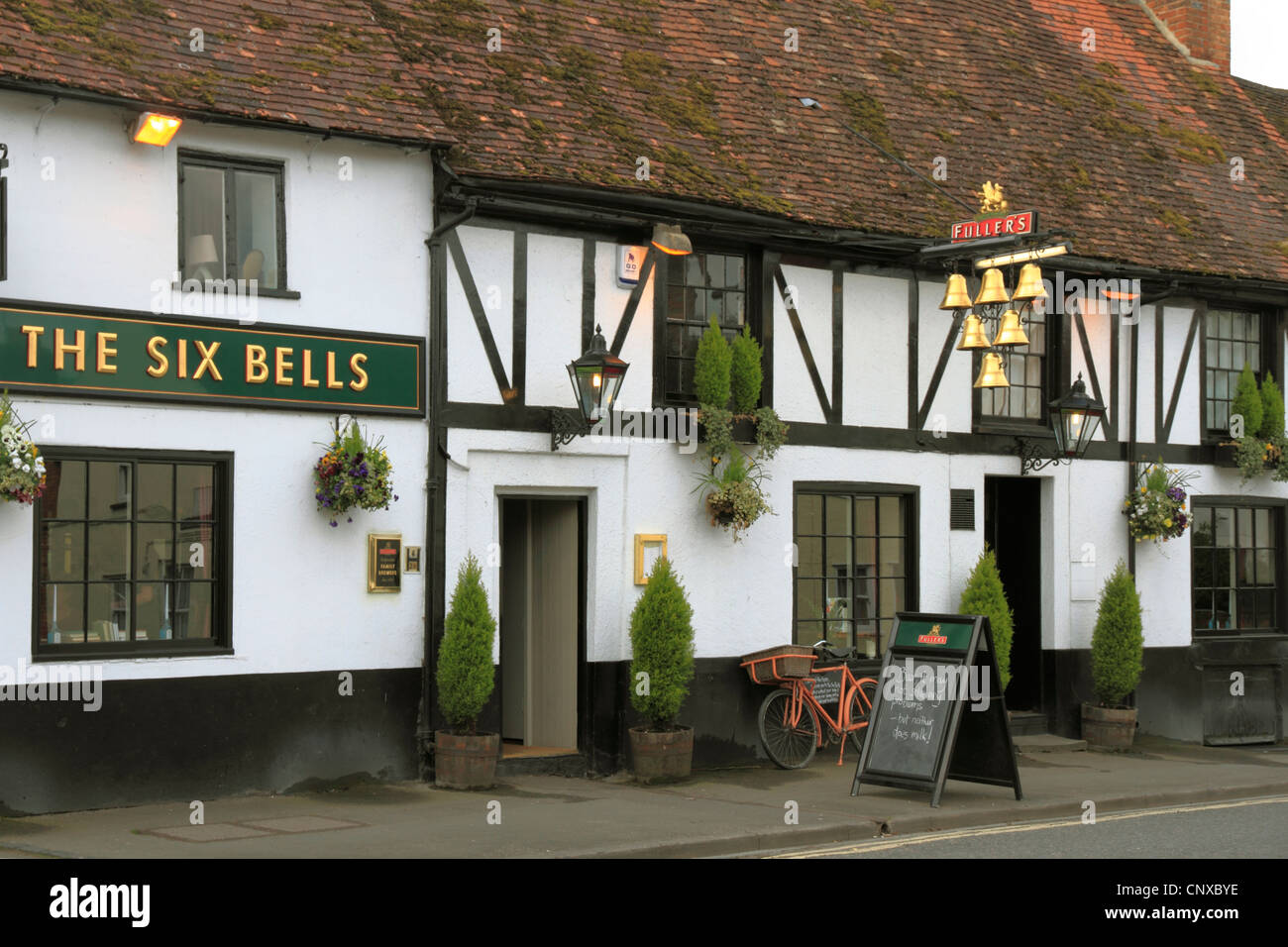 England Oxfordshire Thame High street Six bells Inn - Stock Image