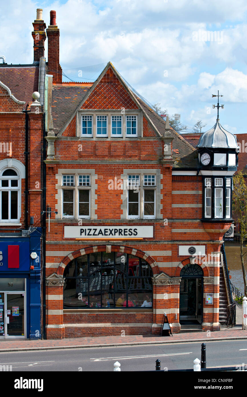 A Pizza Express Outlet Situated In An Historic Building In