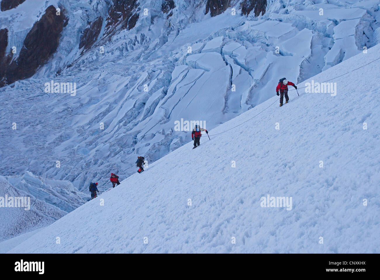 mountaineers climbing to the Illimani peak, Bolivia, Andes, Cordillera Real - Stock Image