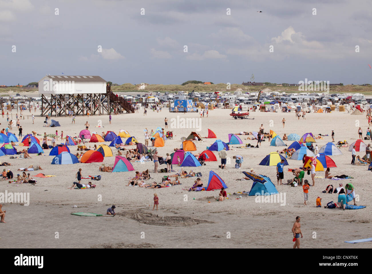 crowded beach of st peter ording germany schleswig holstein st stock photo 47918274 alamy. Black Bedroom Furniture Sets. Home Design Ideas
