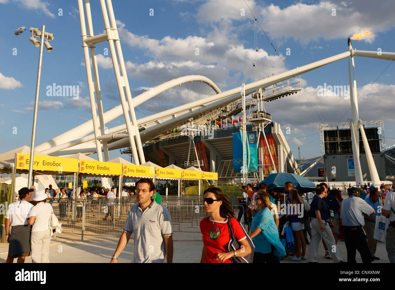 General view of spectators and the exterior of Olympic Stadium in Athens, Greece August 28, 2004. - Stock Image