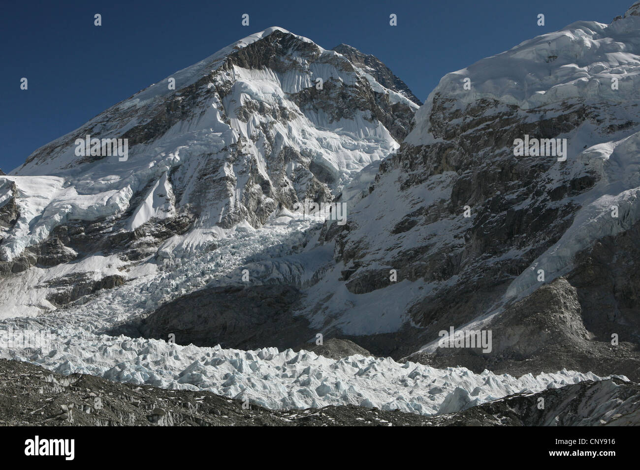 Mount Everest (8,848 m) and Khumbu icefall in Khumbu region in the Himalayas, Nepal. View from the Everest Base - Stock Image