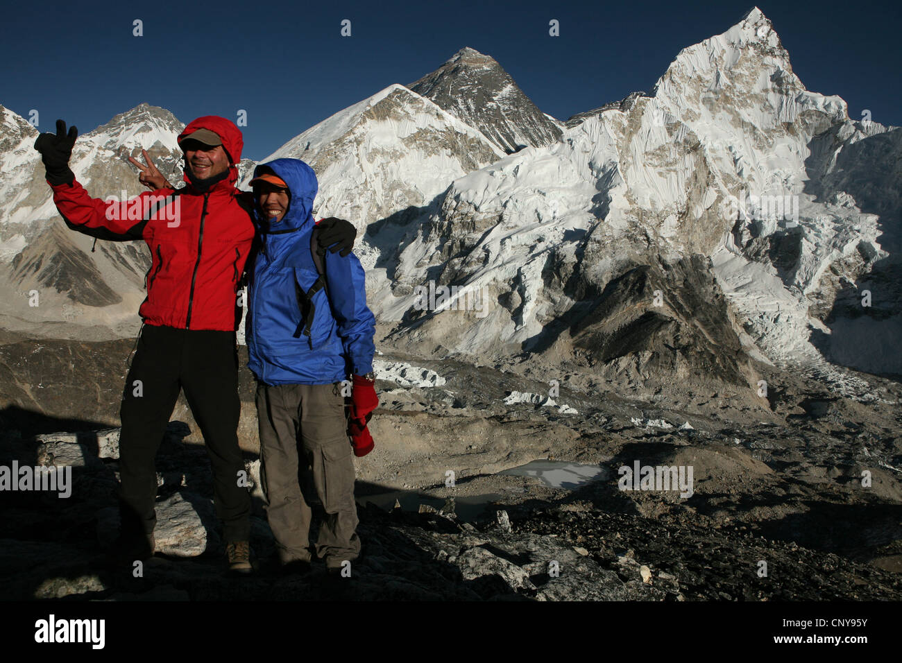 Mount Everest (8,848 m) seen from the summit of Kala Patthar (5,545 m) in Khumbu region in the Himalayas, Nepal. - Stock Image