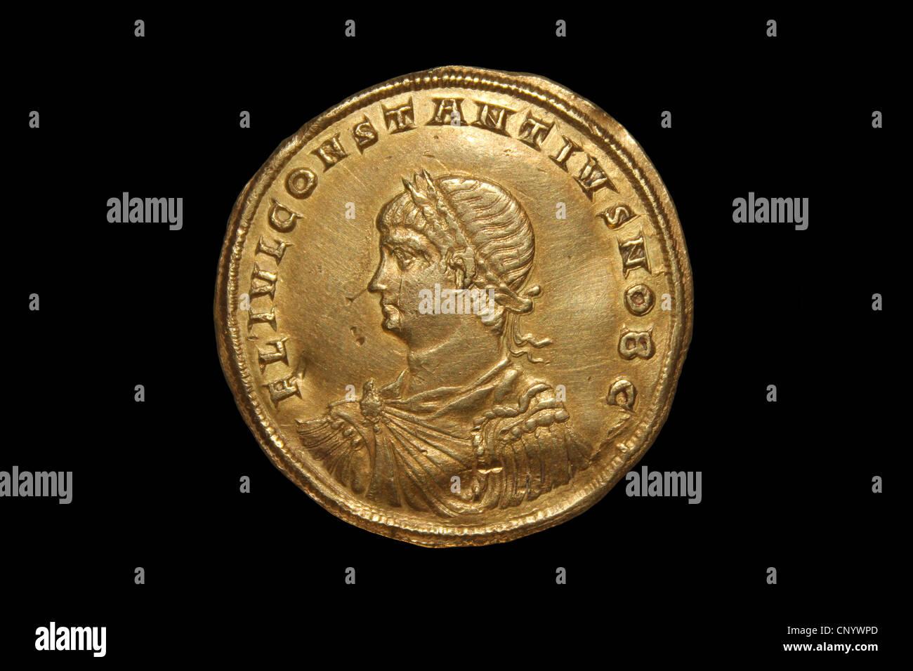 Gold Medallion Of Roman Emperor Constantinus II - Stock Image