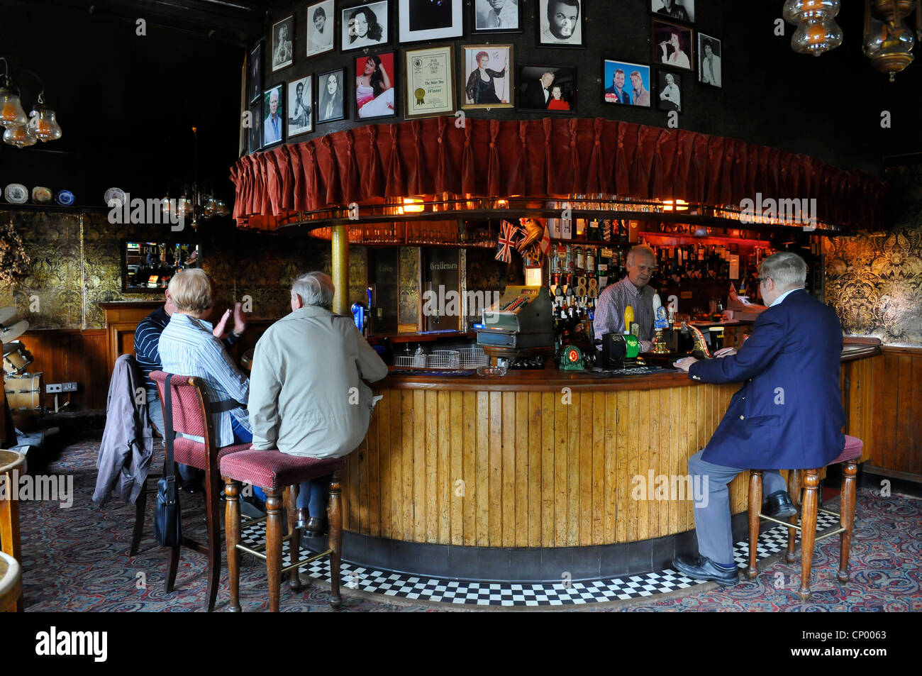 drinkers at the palm tree pub mile end london england uk stock photo 47943339 alamy. Black Bedroom Furniture Sets. Home Design Ideas