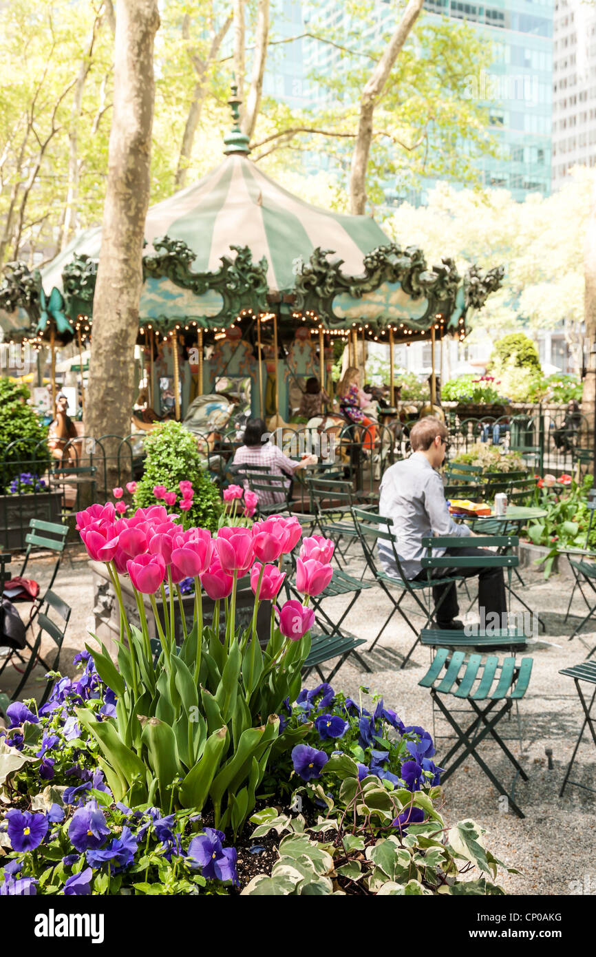 Spring Flowers Bryant Park Nyc Stock Photo 47951556 Alamy