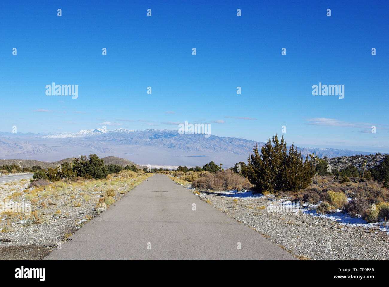 Vast desert and mountain view coming down from Mount Charleston, Nevada - Stock Image