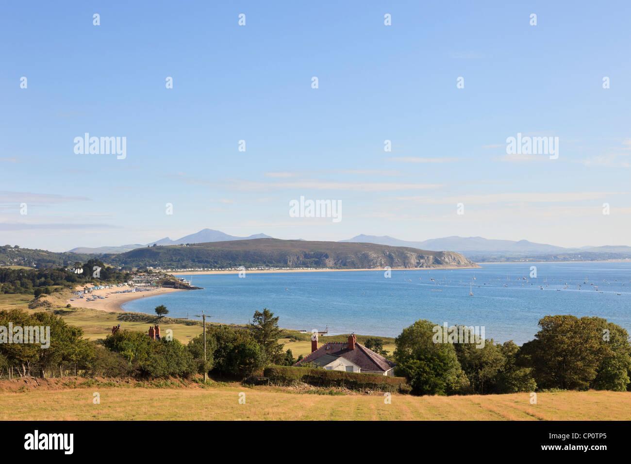 View of Cardigan Bay coastline. Abersoch, Lleyn Peninsula, Gwynedd, North Wales, UK, Britain - Stock Image