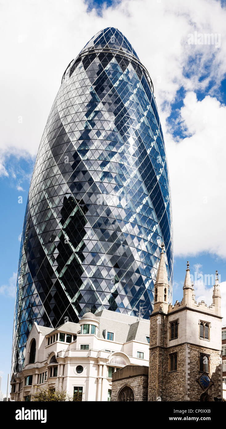 30 St Mary Axe the Swiss Re Tower better known as the Gherkin, London, England. - Stock Image