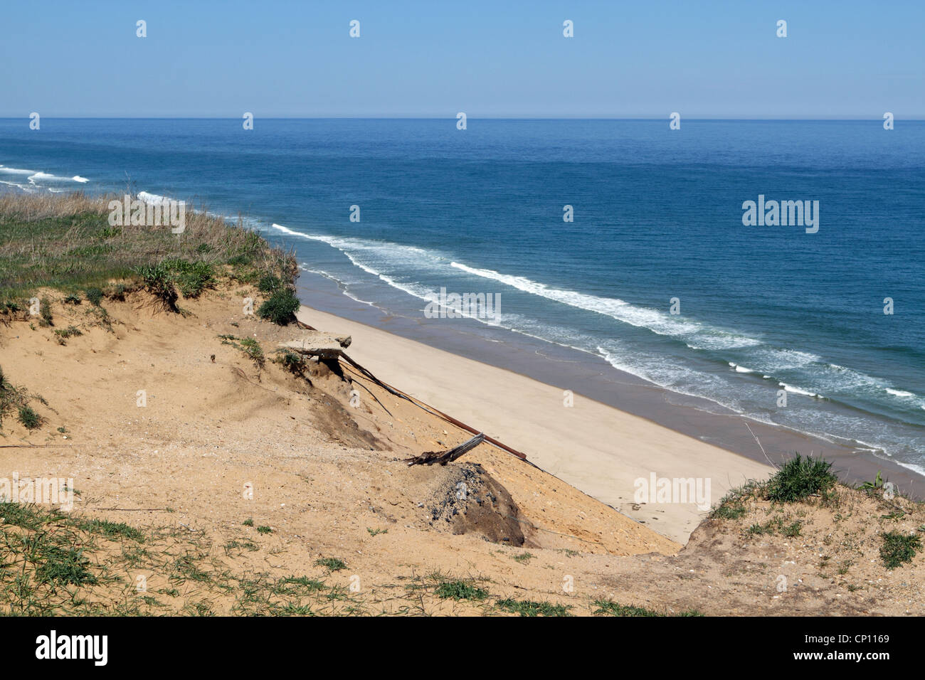 A view of the beach from the cliffs near the Cape Cod Lighthouse, North Truro, Massachusetts, USA - Stock Image