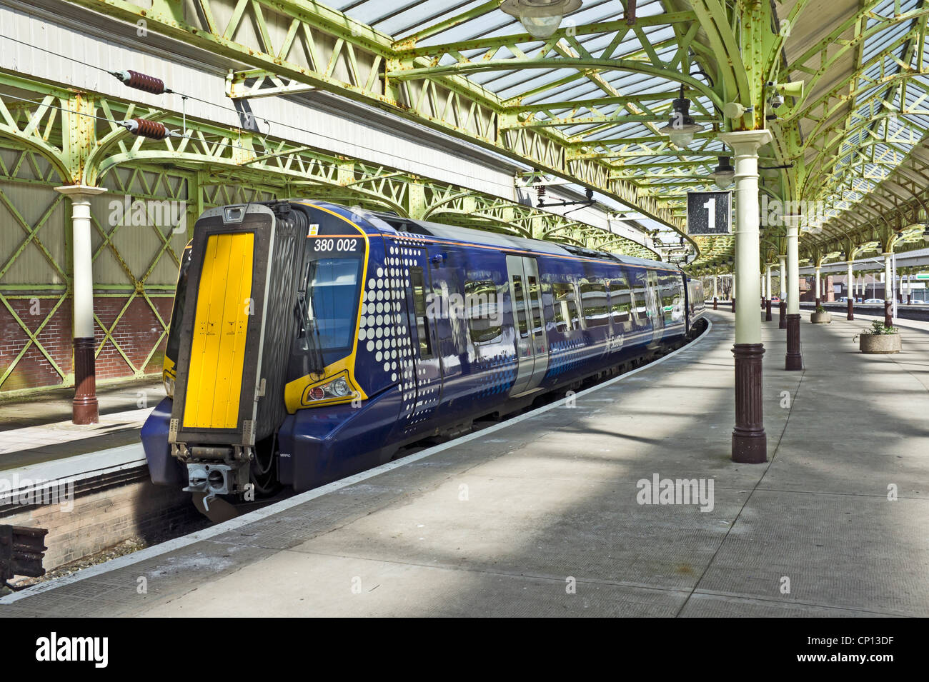 Interior of Wemyss Bay Railway Station in Wemyss Bay Inverclyde Scotland with new Class 380 DMU at the platform - Stock Image