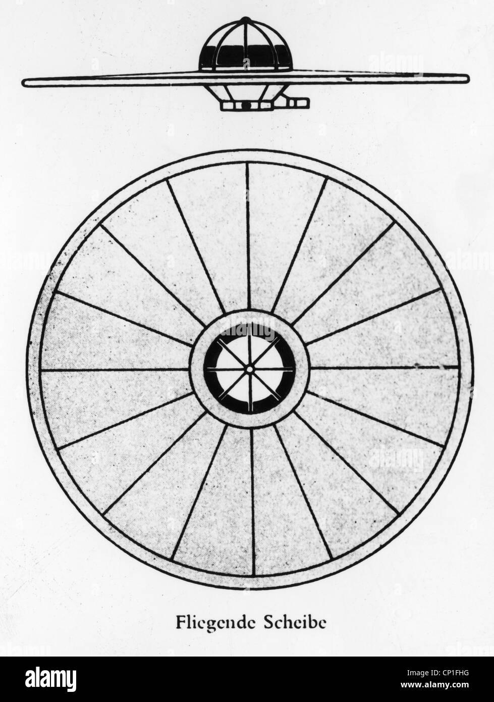 astronautics, UFOs, flying disk, side view and top view, drawing, from the book 'Die deutschen Waffen und Geheimwaffen - Stock Image
